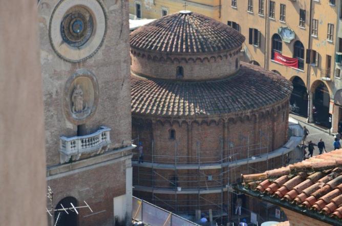 La Rotonda durante i lavori di restauro (2013-2014)
